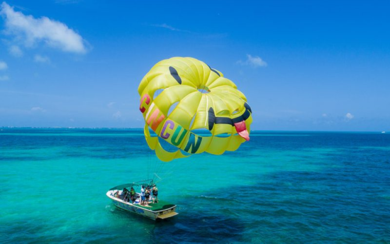 Paragliding Speed Boat