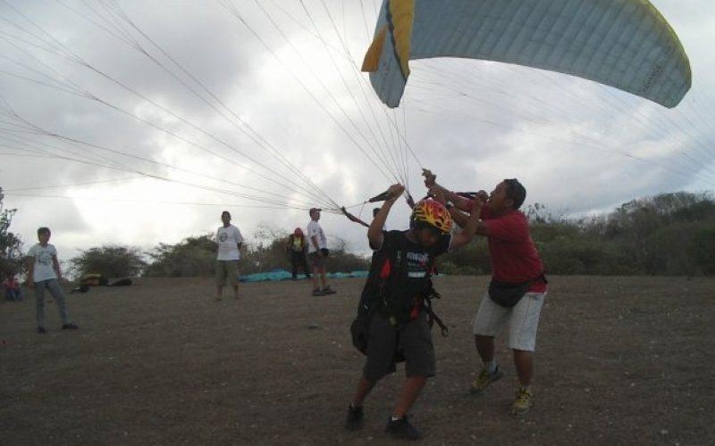 Paragliding Gunung Mas